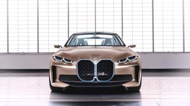 BMW i4 elettrica concept