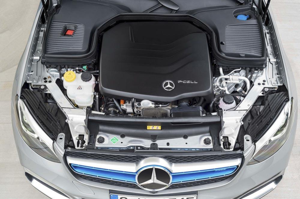 Auto elettrica Mercedes Benz